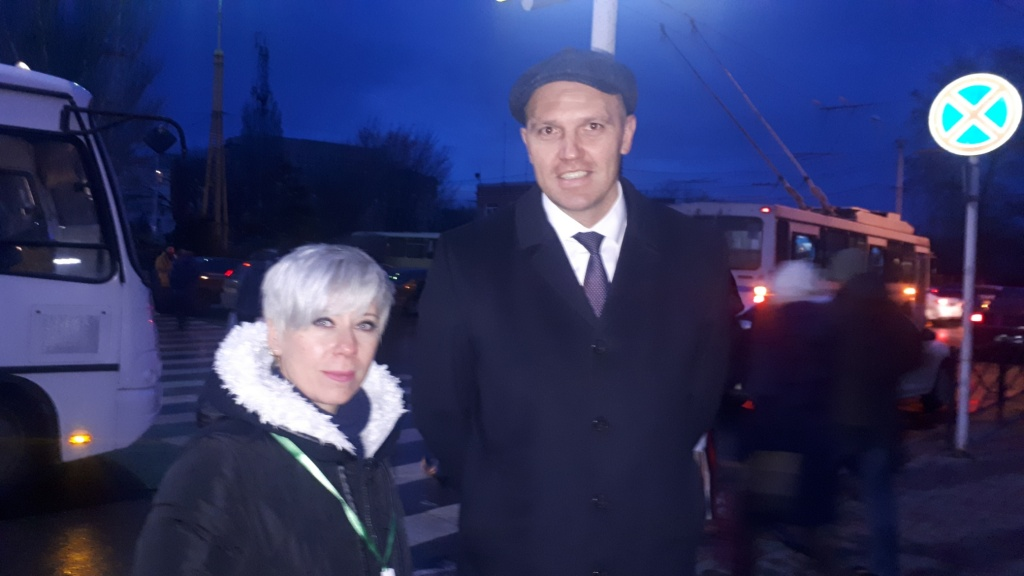 Депутат городской думы Владимир Карагодин принял участие в сборе средств для Славы Поветкина