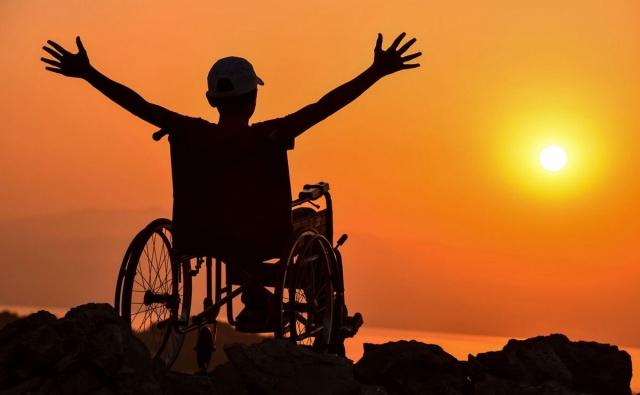 инвалиды колясочники